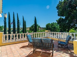 Unique History, Updated Elegance in Paso Robles Wine Country