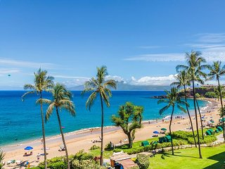 Hawaii Life Presents Whaler 508 Remodeled Ocean view/BlackRock View