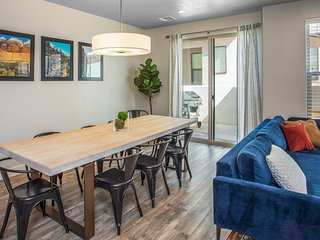 Town Center 2318 PET FRIENDLY Coral Canyon Family Retreat