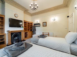 Luxury 2 Bedroom Apartment in Southport