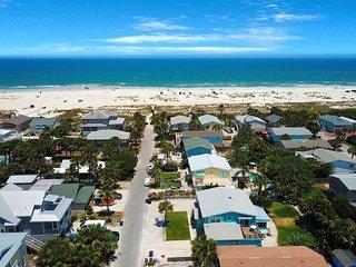 Dog-friendly tropical beach villa w/ sun room & Ping-Pong - walk to the beach!