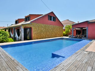 Aroeira Pool House