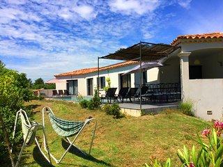 LS2-331 RIBIERO Beautiful rental in L'Isle sur la Sorgue - 8 sleeps