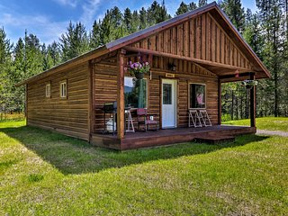 NEW! Cozy 'Grinnell' Cabin-Mins from West Glacier!
