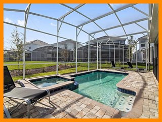 Championsgate 524- 5* villa with pool, home theater and games room near Disney