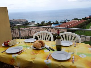 2 bedroom top floor apartment with great views of Tropea in the Marasusa complex