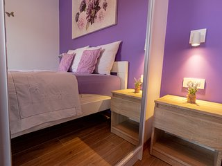 Fabulous Purple 1BR APT with Terrace and Sea View