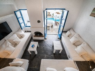 Beautiful Townhouse in Mykonos Town - Villa Perla