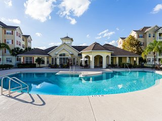 GROUND FLOOR - COMFORTABLE AND FULLY FURNISHED CONDO NEAR DISNEY