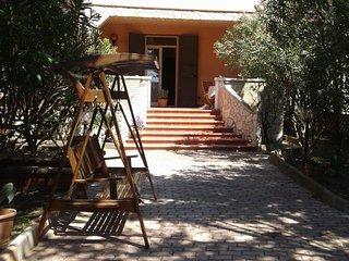 Pisciotto Camera Tripla 5 min mare Bodhi Guesthouse