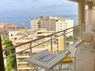 Orchid 2 bed luxurious Monaco parking optional