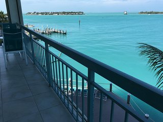 SEAPORT PANORAMA in Old Town, Key West, FL (Beach-Pool-BBQ)
