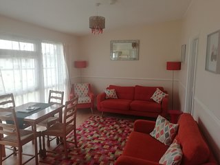 Pet friendly,  large  Chalet on sundowner Park Hemsby