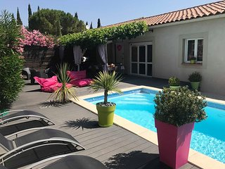 Villa Les Lauriers Roses-Piscine chauffee -Proche AVIGNON