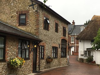 Stable Cottage - a Grade 2 listed former stable
