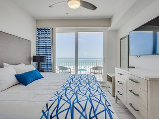 Luxurious Beachfront Oceana West