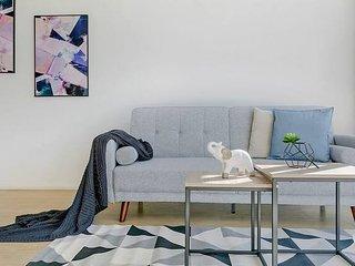 Macquarie Uni 2 Bedroom Modern APT+Free Parking N9