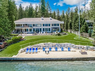 Villa Z at Sandpoint., Estate, Waterfront, Beach, Kayaks. Magnificent!