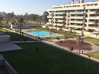 Beautiful apartment with terrace for 8 people in Torremolinos 100 m from beach