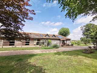 Chichester Cottage at Graingers - Luxury Accommodation