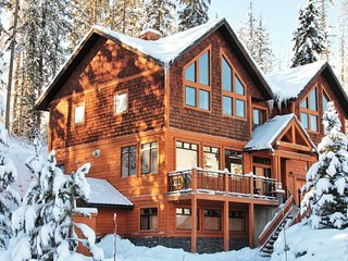 Ski Back to your Private Hot Tub |  Incredible Location