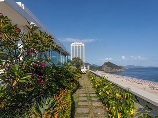 Luxurious 5 Bedroom Penthouse in Copacabana with Ocean View - W01.185