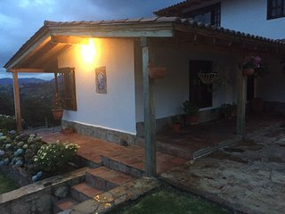 Beautiful peasant VILLA - Only 40 minutes from Bogota and near reservoirs ...