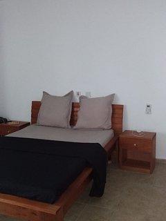 Appartement equipe tout confort, clim, eau chaude, vue degagee sans vis a vis