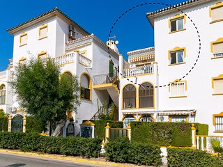 Beautiful Beachside Apartment in La Mata for 6 persons