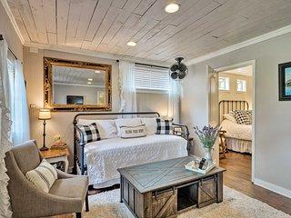 NEW-Quiet Cottage by Lake Travis 20Mi to DT Austin