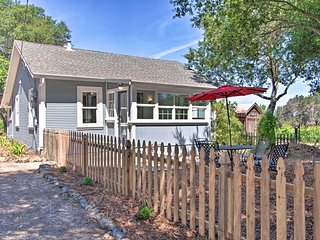 West Coast Abode on Vineyard w/Private Yard+Patio!