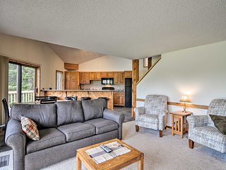 NEW! Schuss Mountain Condo, 13 Mi from Torch Lake!