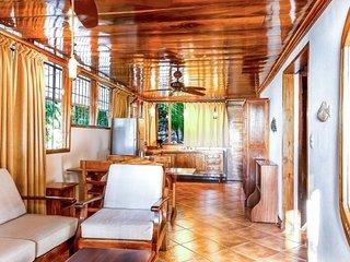 Casa Colina Verde ~ In the Heart of Manuel Antonio