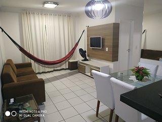Dois quartos, cozinha completa, minutos do Beach Park, vista pro mar