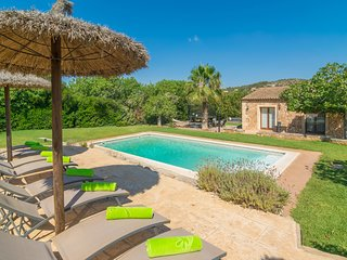SA PUNTA - Villa for 12 people in Son Carrio