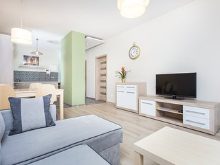 1-bedroom Apartment near Market Square.