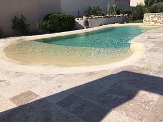 Coquet 2 pieces au calme avec piscine (2/4 p)