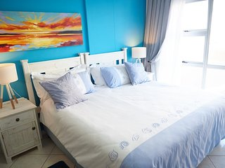Sunset Studio 11 - Studio apartment with ocean views, sleeps 2