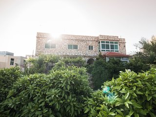 Jordan holiday rentals in Irbid Governorate, Umm-Qais