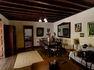 Spacious house in Aguimes & Wifi