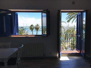 Espectacular apartamento con vista al puerto en el mar Mediterraneo