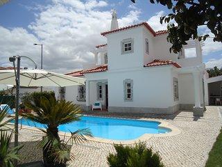"""Casa Idalina Villa in Beja""""s Beautiful Countryside"""