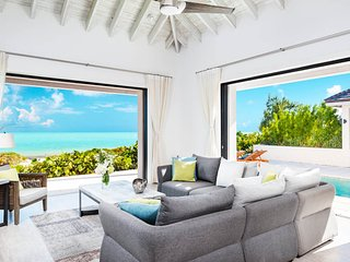 Brise De Mer 2BR Villa - Beachfront
