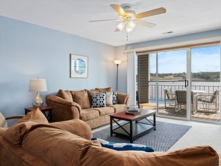 Bridge Pointe Condo 321 - Newly Updated 2 Bedroom Condo