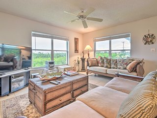 Condo Across from New Smyrna Beach w/Pool!