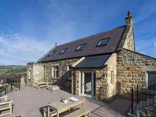 SUNDAY COTTAGE, 5 bedrooms, Grosmont Nr Whitby
