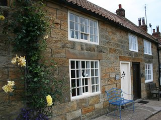 THE COTTAGE, 2 bedrooms, Sandsend