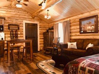 Cozy Cabin in the Woods: Bear Cabin