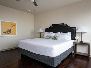 Captivating Stay Alfred on Elm Street