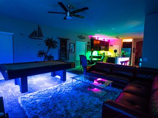 Fantasy Fun House Near LACKLAND / SEAWORLD